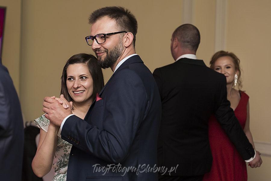 ceremonia w ogrodzie palacyku otrebusy AR 0839 - fotograf na wesele