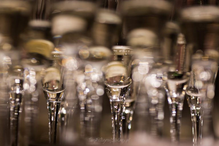 kieliszki szampana AiD 0677