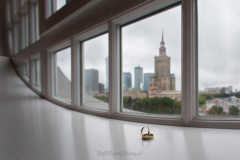 obraczki w hotelu polonia z widokiem na palac kultury QiP 0177
