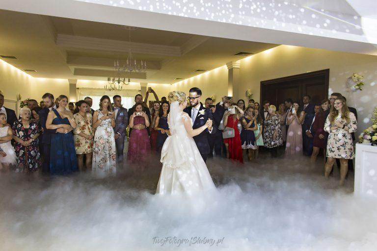 pierwszy taniec w chmurach HK 1010