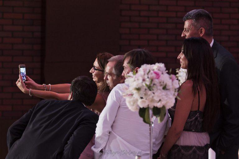 selfie z wesela musi byc MJ 1211