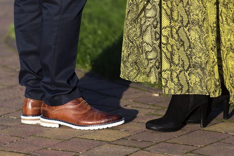 sukienka i buty ze skory weza MM 0614