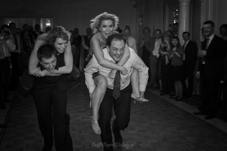 szalona zabawa weselna fotograf na wesele IMG 8018
