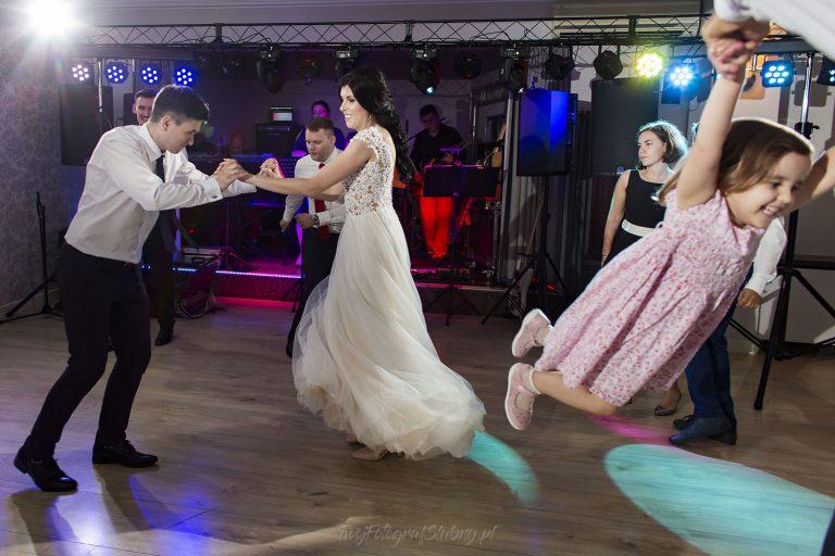 szalone tance weselne AK 1014