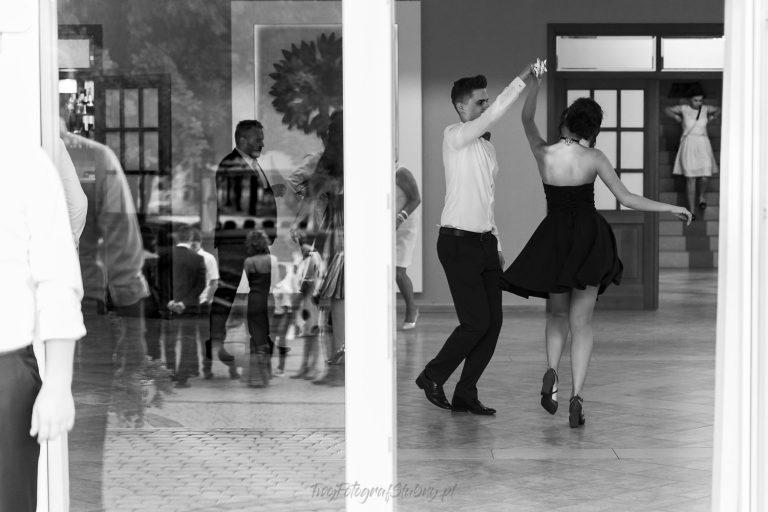 tance w wieloplanach IJ 0945